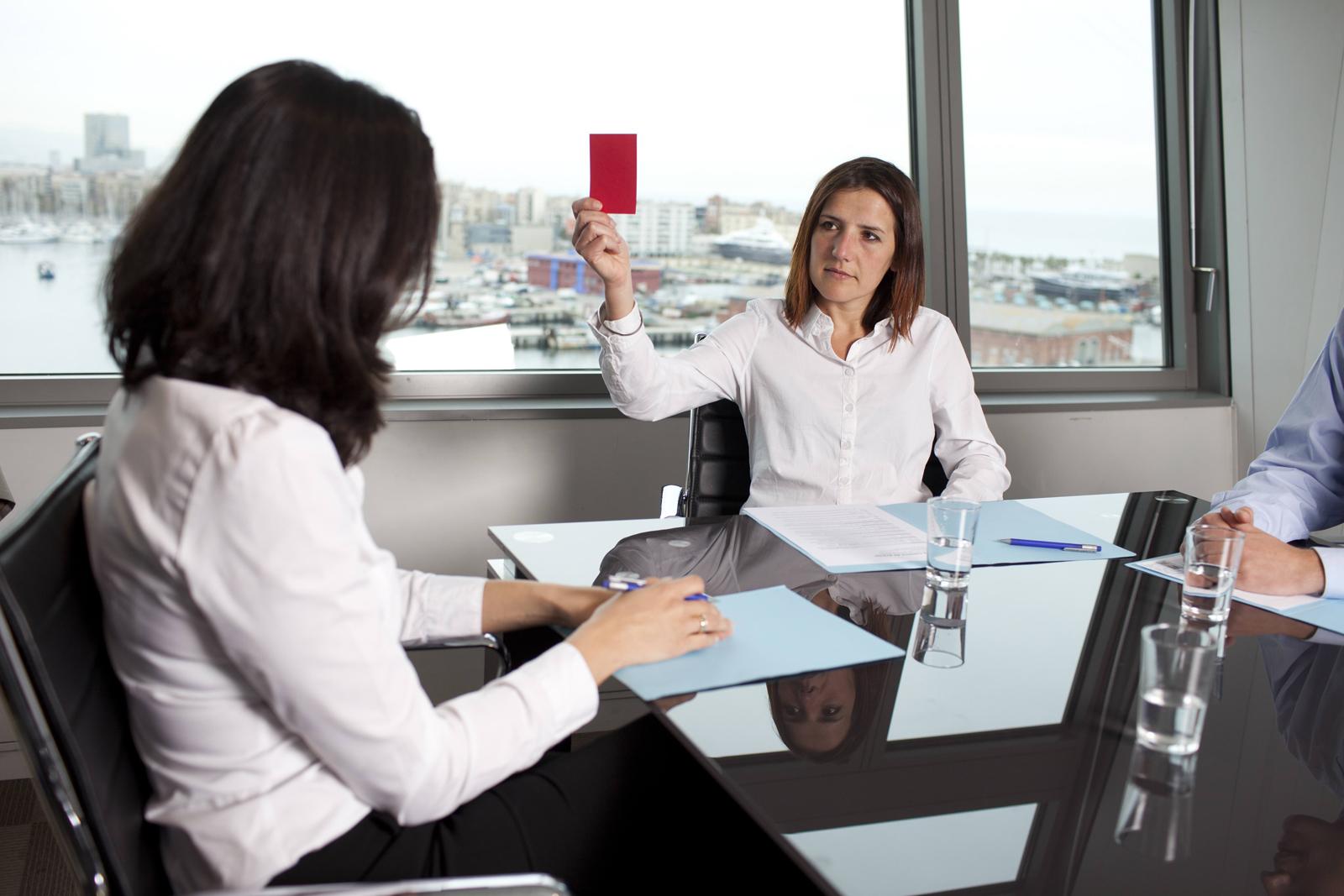 незаконное увольнение беременной женщины с работы